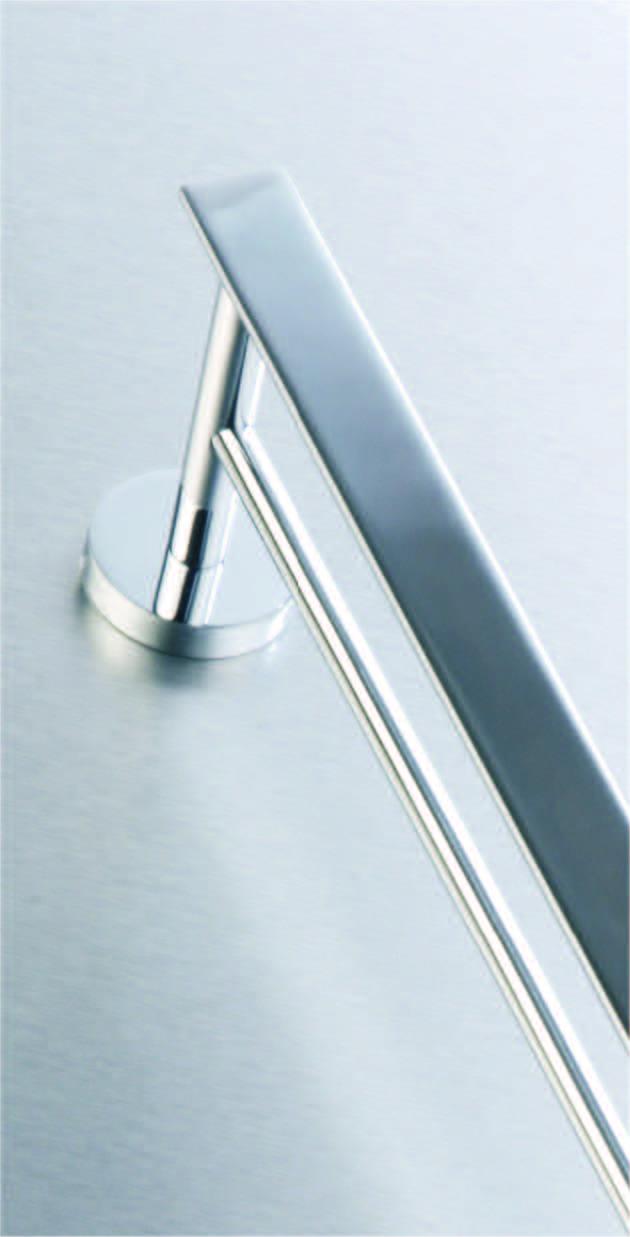 L18821-double-towel-rail-60cm